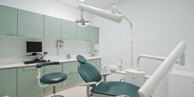Eine Zahnarztpraxis eröffnen – was muss alle beachtet werden?